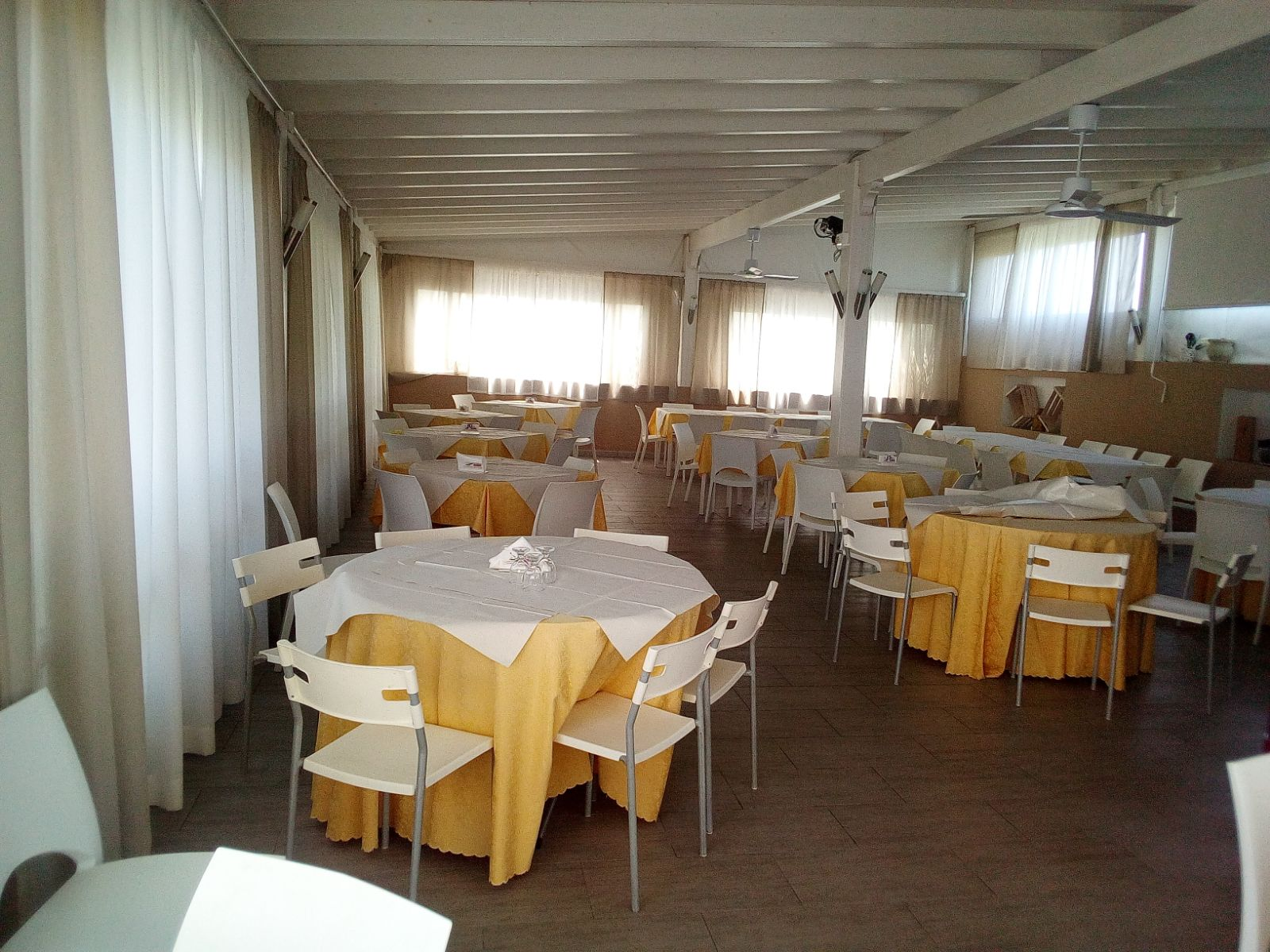 Villa_Plasi_Menfi_Ristorante_open_air_1